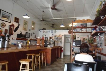 ハワイの朝食 2:ヒロのBears Coffee
