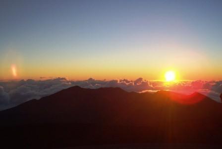 ハワイの神話4: 「マウイ太陽を捕まえる」