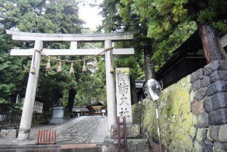 日本最古の神社のひとつ、「諏訪大社」に参拝してまいりました☆