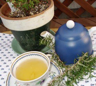 Mele Kalikimaka ☆彡 & アンティー・モコは紅茶でほっと一休み♪